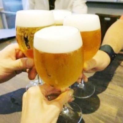 ビールで乾杯!!! もちろんアルコール類やソフトドリンク類も豊富にご用意しております。