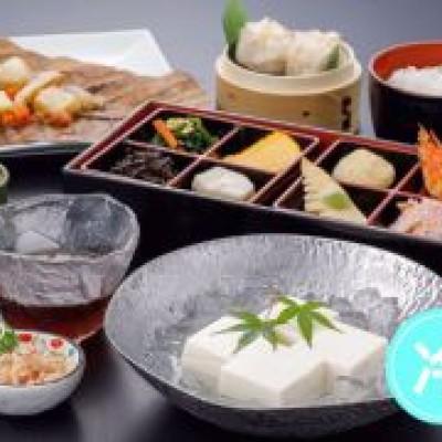 京の和膳をお楽しみ下さい。夏なので京豆腐は冷奴です。