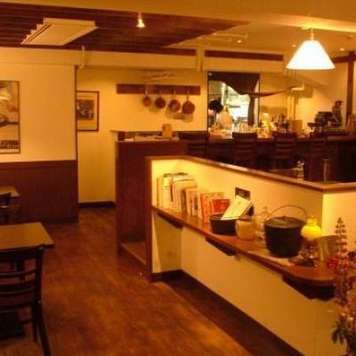 盛岡の有名店洋食りんごやでは落ち着いたお洒落な雰囲気の中で美味しいお料理とお酒が楽しめます!!