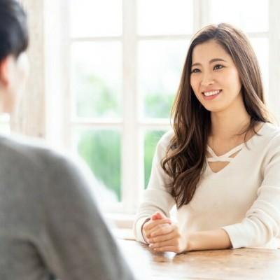 全員会話1対1の会話形式  この婚活パーティーは1対1の対話形式で全ての人と会話ができるように最大20名以下の少人数制で運営しています。